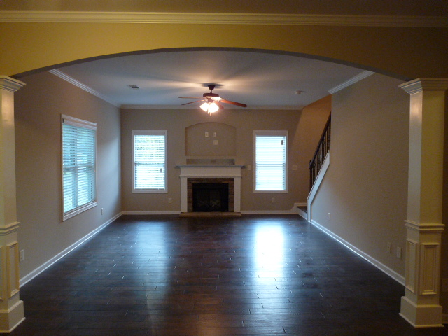 2407 Samuel Ln - Great Room